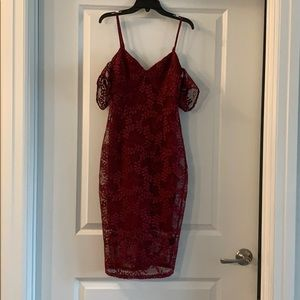 Guess off the shoulder midi dress in wine